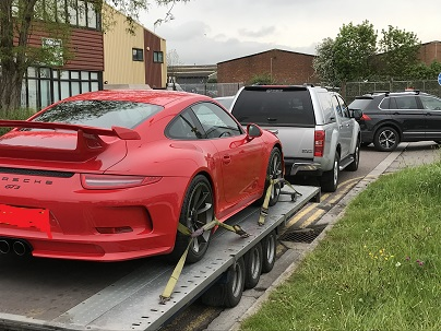 ENDE - the transport by trailer experts, has just transported a car by trailer from Bristol, Avon to Manchester.